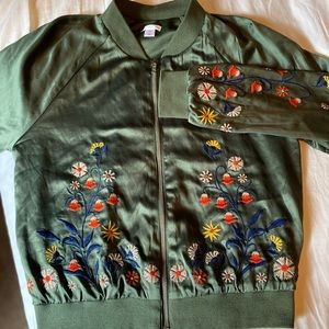 Bomber jacket embroidered flowers